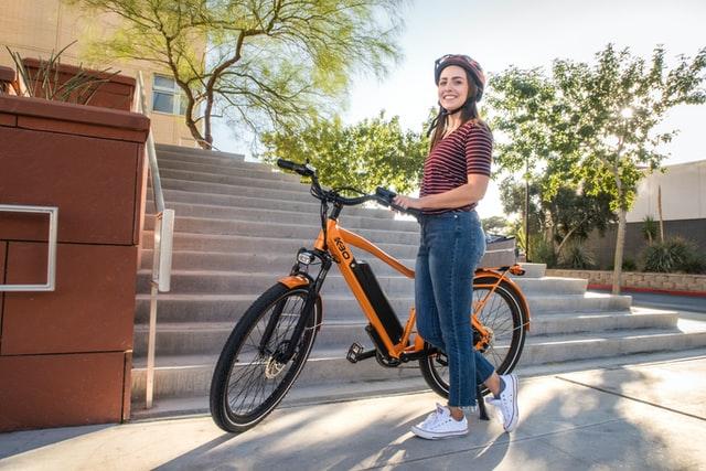 Vélo électrique ville femme